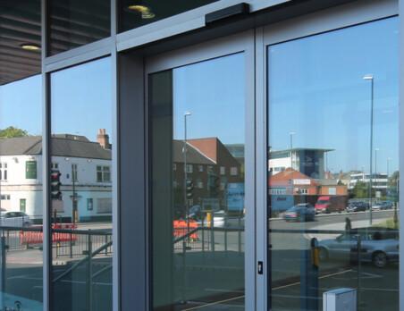 Shopfront Screens and Doors